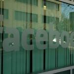 Facebook включает Рекламные Истории в ленты пользователей