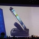 Samsung продемонстрировала аксессуары для Galaxy S III: MP3-плеер S-pebble, адаптер AllShare Cast