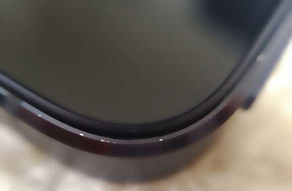 01-1-iPhone-5-ScuffGate