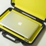 [Kickstarter] ViVAX. Носимый сейф для MacBook