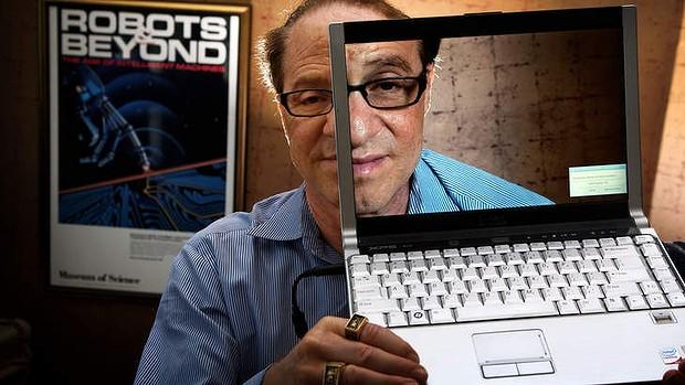 Знаменитый футуролог Реймонд Курцвейл будет руководить разработками Google. Каждому — тело из наноботов к 2020 году?