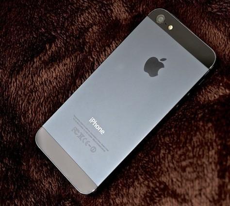 Apple начала тесты iPhone 5S, смартфон появится в мае