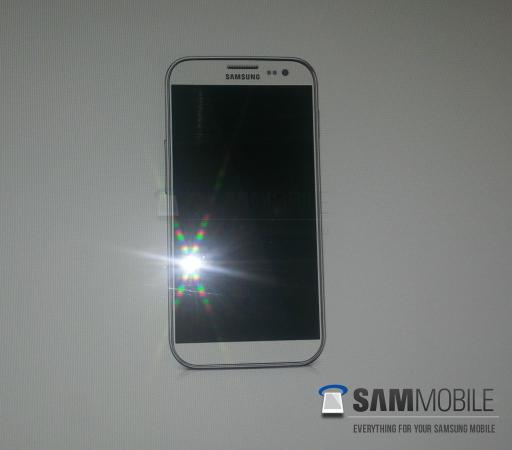 Первое фото Samsung Galaxy S IV