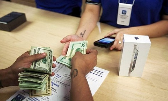 iphone-5-money-151-26