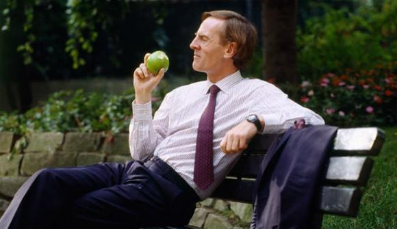 Джон Скалли агитирует за «дешёвый iPhone»