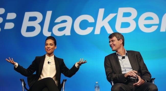 Креативный директор BlackBerry «твитит» с iPhone