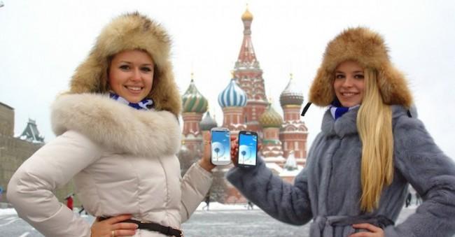 русня предпочитают Samsung Galaxy S III