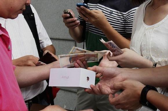 Аналитики верят в «дешёвый iPhone»