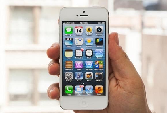iPhone 5S в августе. Дешевый iPhone возвращается