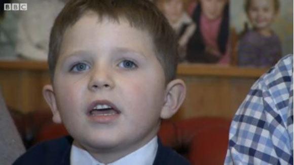 Пятилетний мальчик потратил 1700 фунтов за 10 минут при помощи iPad