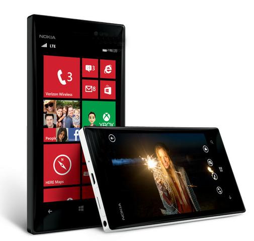 Nokia Lumia 928 в сравнении с Samsung Galaxy S III и Apple iPhone 5