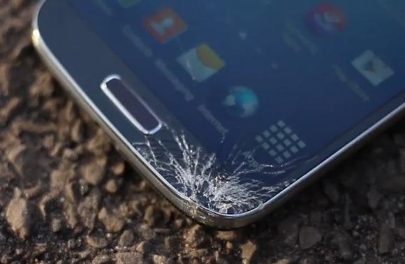 iPhone 5 победил Samsung Galaxy S4 в тесте на выживание