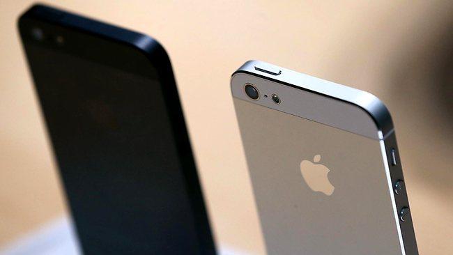 Релиз iPhone 5S запланирован на сентябрь