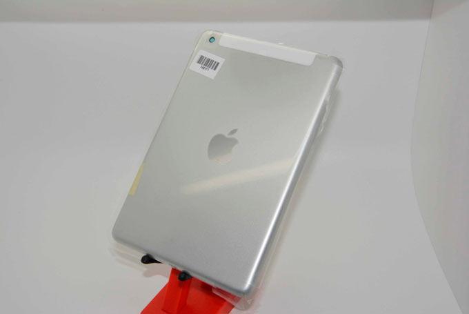 Фотографии задней панели iPad mini 2