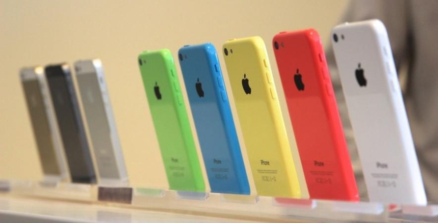 Русские не увидели в новых смартфонах Apple ничего особенного