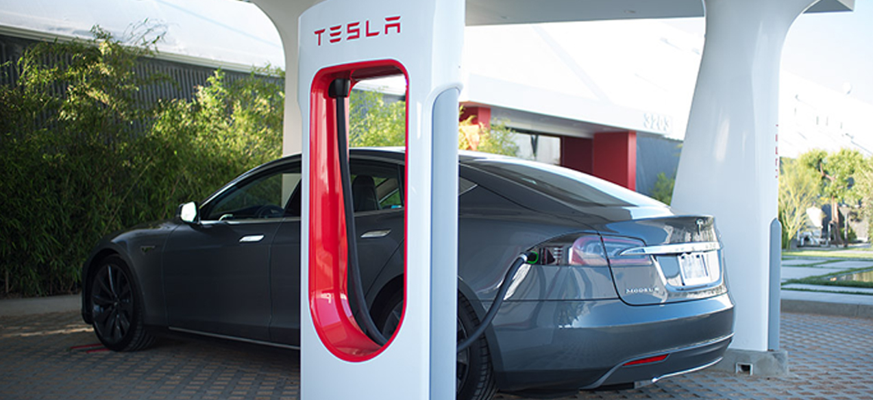 Глава Tesla пересёк Америку, потратив на зарядку всего 9 часов