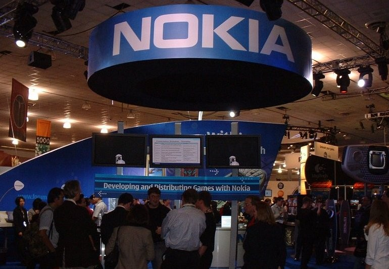 Фотофлагман Nokia Lumia 1820 и планшет Lumia 2020 покажут на MWC 2014