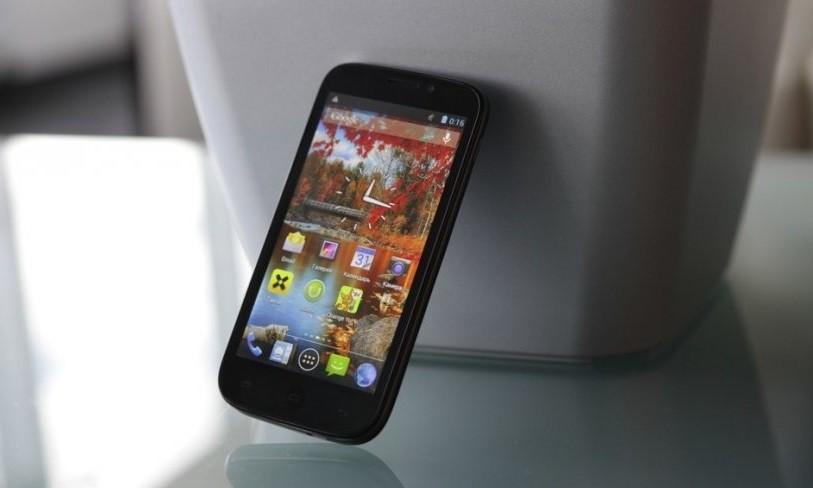 Смартфоны Fly в России популярнее iPhone