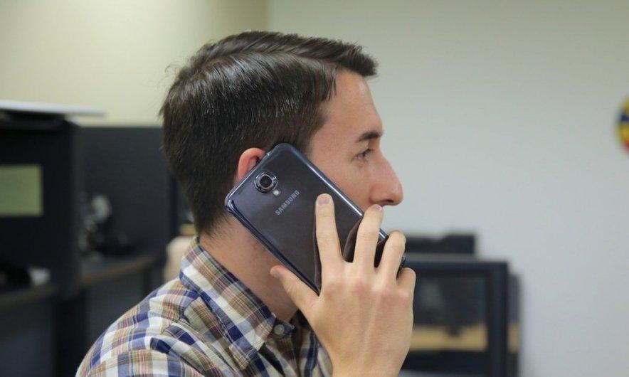 Планшетофоны станут популярнее небольших планшетов уже в 2014 году