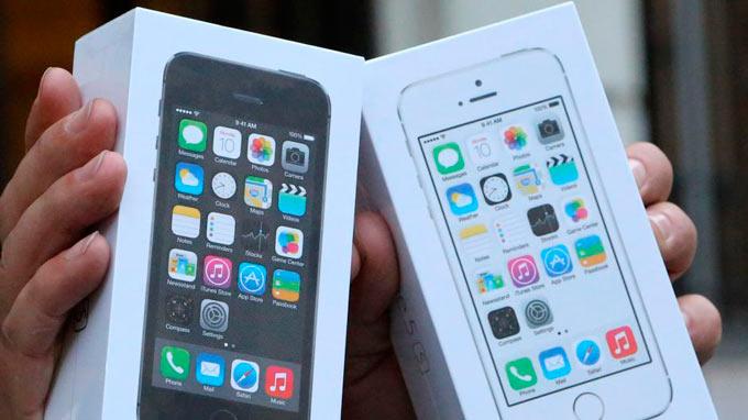 Американцы потратили более $5 млрд на замену старых iPhone на новые в 2013 году