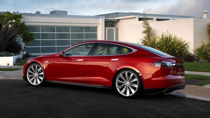 Tesla поможет Apple в разработке автомобиля?