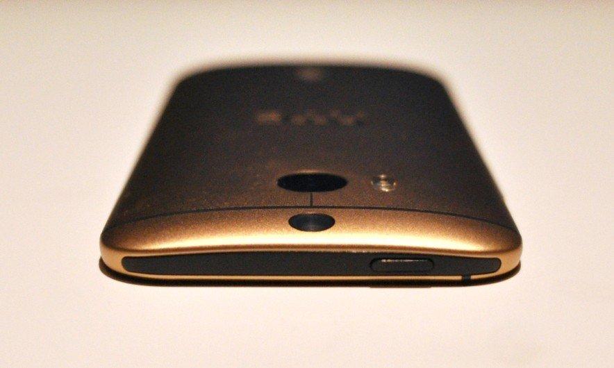 Чем вызван столь высокий спрос на HTC ONE (M8)?