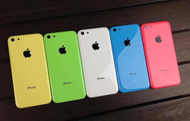 Новинки продаж: 8-гигабайтный iPhone 5c и вернувшийся iPad 4 [update]