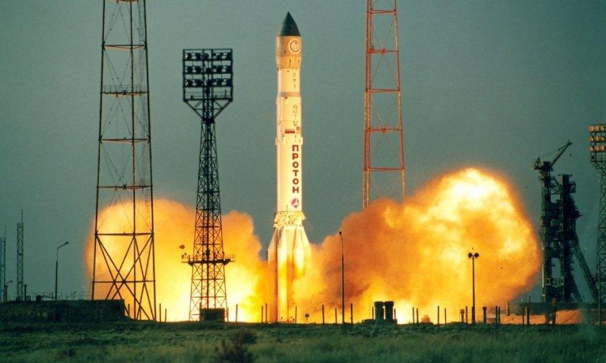 Россия потеряла свой самый мощный спутник связи... Зато #Крымнаш!