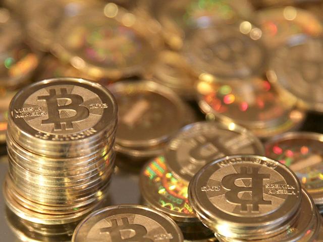 В App Store вернули Bitcoin-кошельки