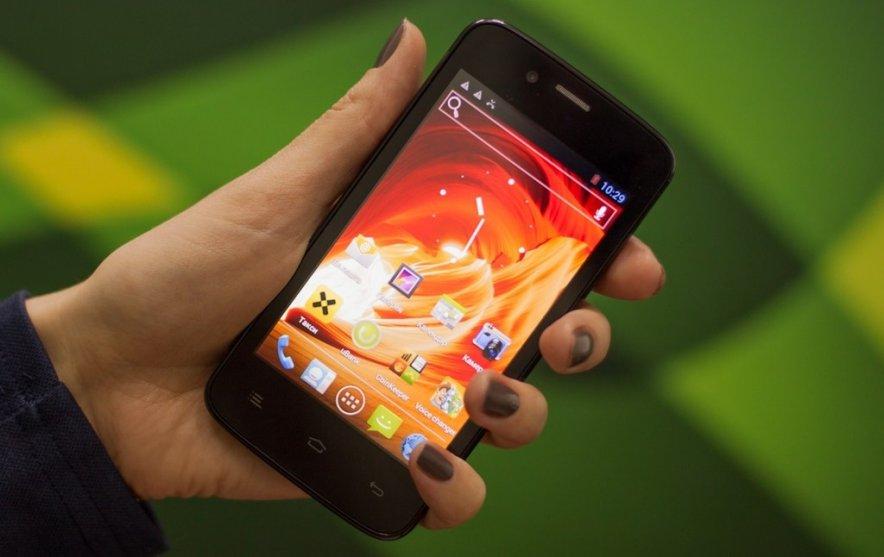 Samsung лишилась лидерства на российском рынке смартфонов, - Fly
