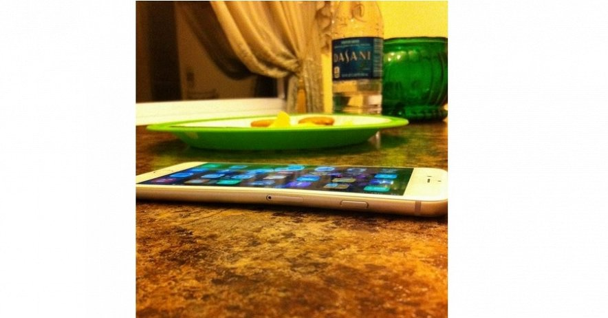 У iPhone 6 plus обнаружен серьезный недостаток: он гнется!