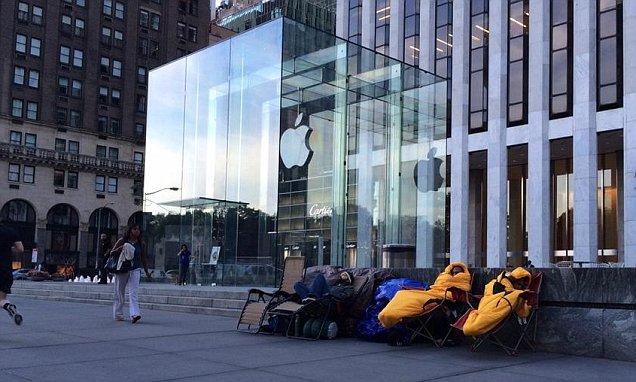 iPhone 6 и iPhone 6 plus: не более двух в одни руки