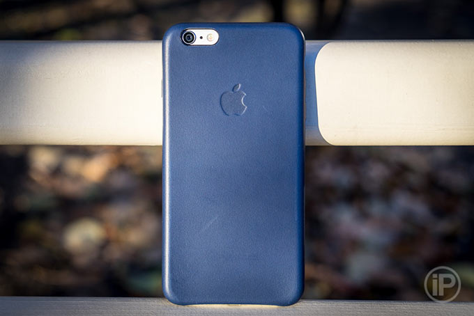 Обзор чехла Apple Leather Case для iPhone 6 Plus