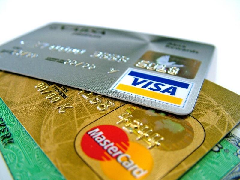 MasterCard и Visa прекратили операции с пластиковыми картами в оккупированном Крыму