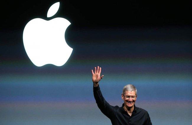 Apple стала первой компанией в мире, преодолевшей порог капитализации в 700 миллиардов долларов