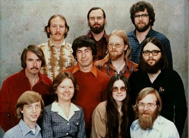 Microsoft исполнилось 40 лет: Билл Гейтс поздравляет с юбилеем корпорации