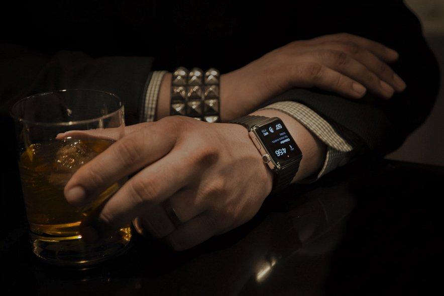 И поделом: страна агрессора может остаться без Apple Watch