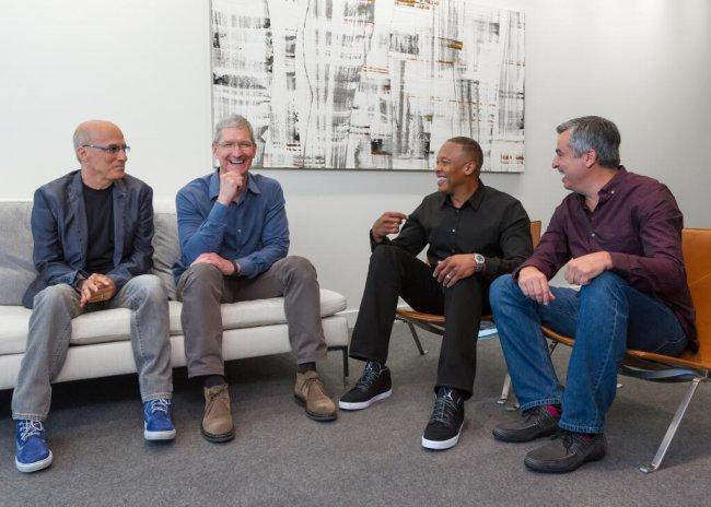 Ого! Apple может уничтожить Spotify и YouTube еще до перезапуска Beats Music