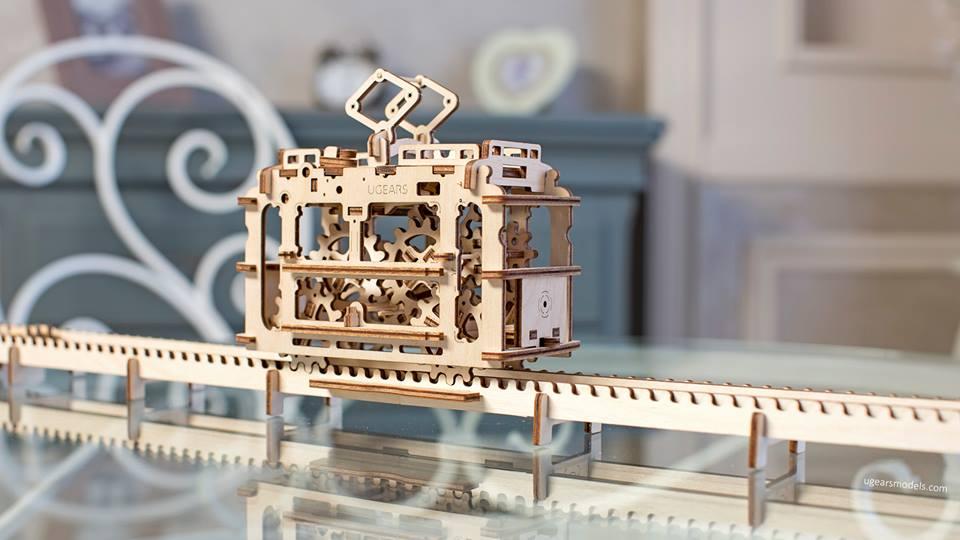Украинская команда вывела на Kickstarter механические 3D-паззлы из дерева