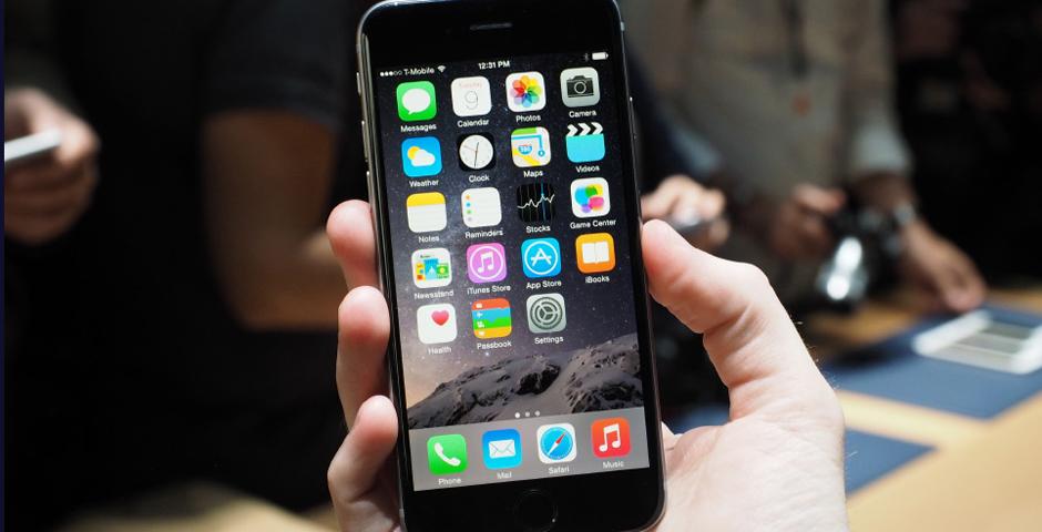 iPhone будут собирать роботы