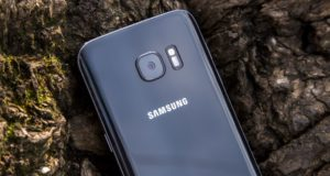 samsung_galaxy_s7_close_up_rear_header
