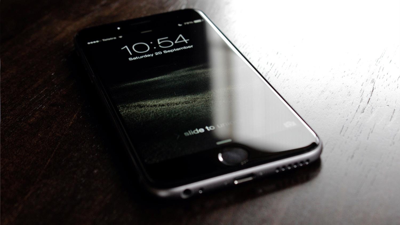 Вышла iOS 10 и превратила часть iPhone в «кирпичи»