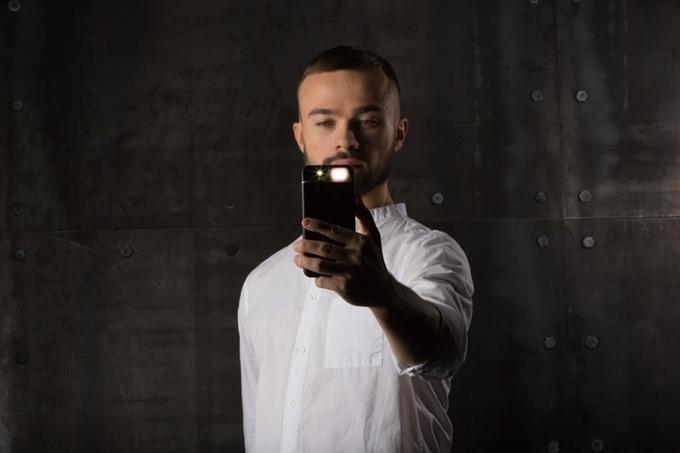 Украинский стартап Concepter вывел на Kickstarter чехол-вспышку для iPhone