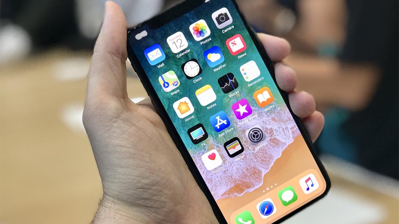 iPhone X: отзывы первых обладателей выявили плюсы и минусы новинки