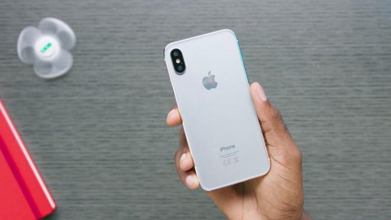 Первая партия iPhone X составила всего 46 тысяч штук