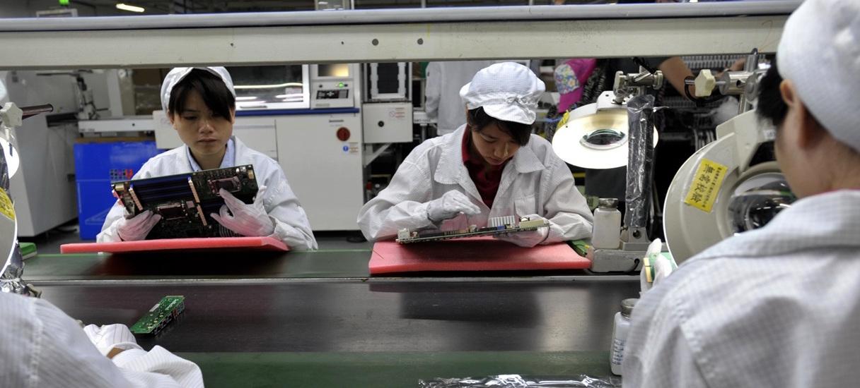 Financial Times: В производстве iPhone X были заняты несовершеннолетние
