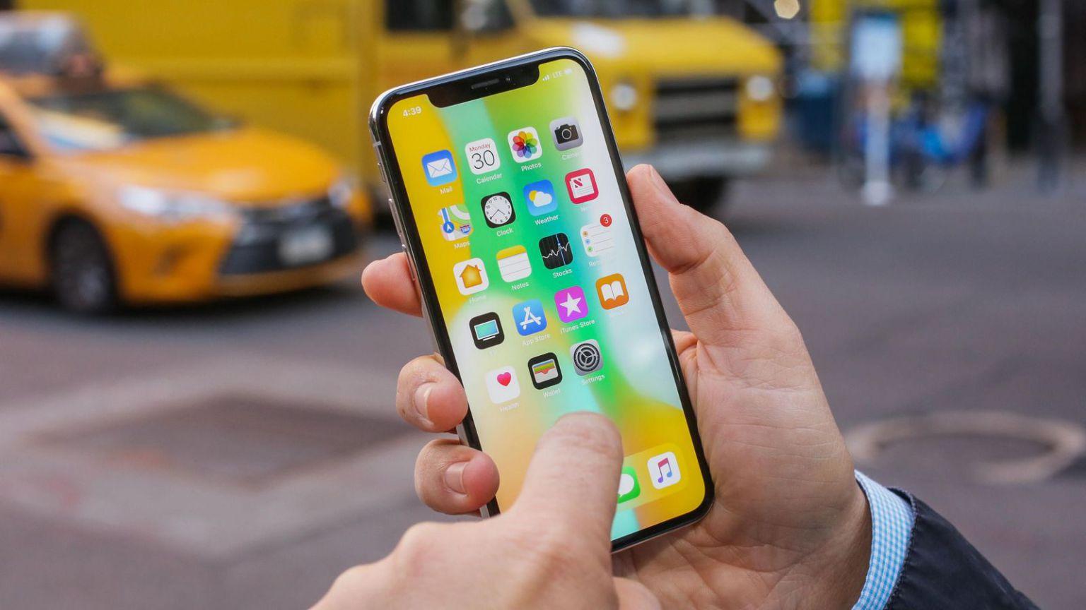 Эксперты выявили самые слабые места iPhone X