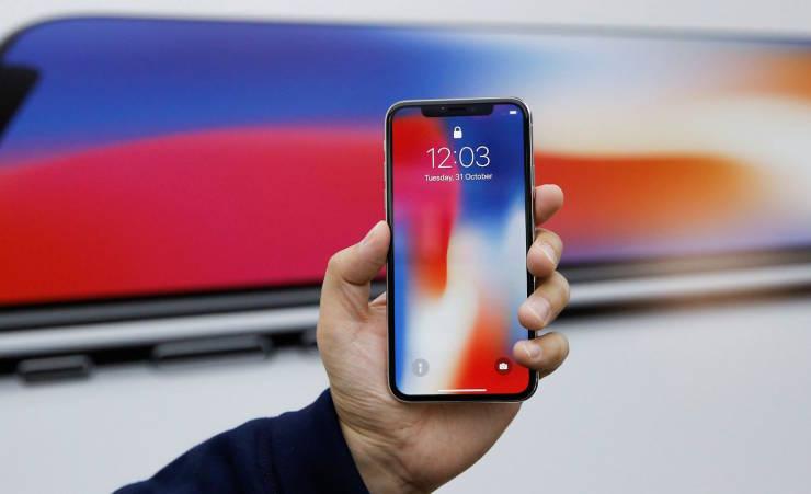 Парадокс: iPhone X оказался менее популярным, чем iPhone 8 Plus