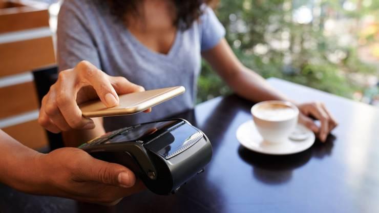 Все, что нужно знать про запуск Apple Pay в Украине: ответы на 8 главных вопросов